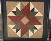 PriMiTiVe Hand-Painted Barn Quilt, Small Frame 2' x 2' - Double Aster Pattern (Ivy Version)