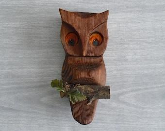 wood owl wall art, vintage carved owl, midcentury owl, vintage wood owl, vintage midcentury kitsch, owl on a branch, vintage owl art, brown