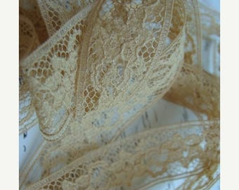 ONSALE Rich Sand Exquisite Antique Lace