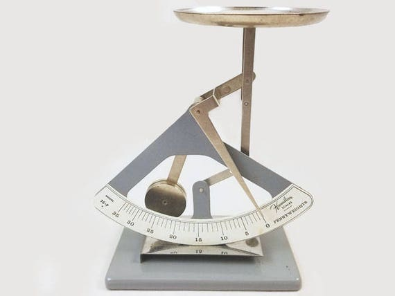 Vintage Hamilton 35 Pennyweight jewelers scale fully functional