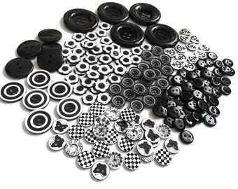 The black and white button bundle deal - 75% OFF