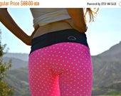 PINK JUNE SALE hot pink yoga pants // polka dot yoga leggings // pink and navy // preppy clothes // marthas vineyard // hot pink leggings