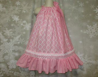Girls Dress 3T/4T Pink Quatrefoil Design Pillowcase Dress, Pillow Case Dress, Sundress, Boutique Dress
