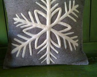 Wool snowflake pillow