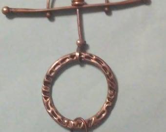 Mixed metal geometric pendant