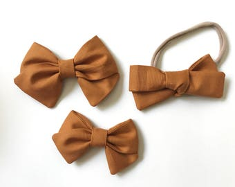 Gold Solid Bow
