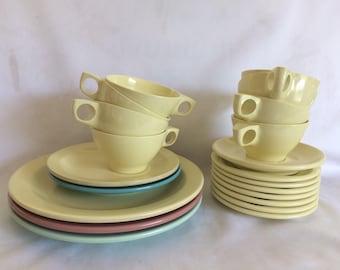 Vintage Boonton Melmac Dinnerware 21 Pieces