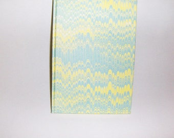Marbled paper Ivory notebook. Hand bounded 80 sheets.   cm 14,5 x 21 cm.  1010