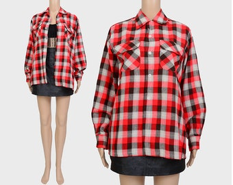 Vintage 50s Checkered Flannel Shirt | 1950s Mark Twain Wool Lumberjack Buffalo Plaid | Long Sleeve Button Up Shirt | Red Black Medium M