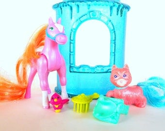 Vintage Littlest Pet Shop Royal Palace Ponies Dazzling Hair Pets by Kenner 1996