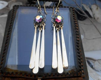 Jewelry VICTORIENS * long dangle earrings with brass fringe flower print