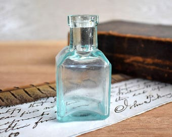 Antique Dug Aqua Blue Glass Ink Bottle - old school Blue Glass Ink bottle