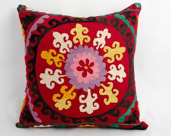 Oriental cushion cover, home pillow, bohemian interior, suzani pillow, suzani cushion, Accent pillow, throw pillow, suzani fabric embroidery