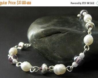 BACK to SCHOOL SALE Handmade Beaded Bracelet - Pearl and Purple. Handmade Bracelet.