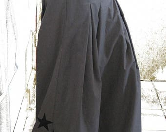 Large and baggy pants with stars personalized 'Laili'