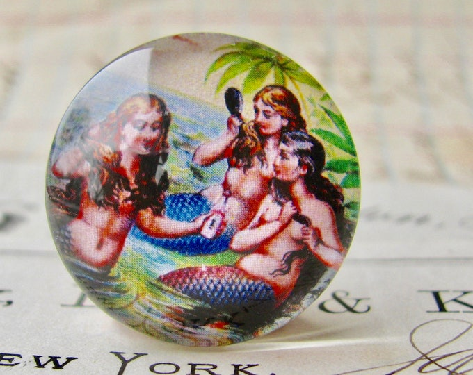 Vintage illustration, three mermaids brushing hair,  25mm round glass cabochon, 1 inch circle, bottle cap size, Magical Maidens collection