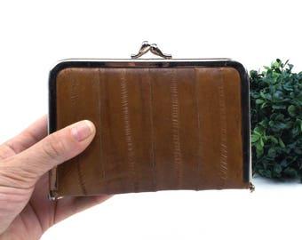 eel skin wallet. tan leather. vintage coin purse. eel skin wallet for women. eel skin purse. eel skin leather. eel skin bag. vintage wallet