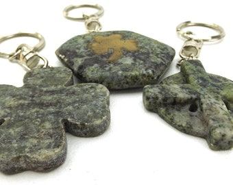 marble. keychain. irish. key chain. vintage. gift. gift for her. gift for him. birthday gift. accessories. stone. keychains. shamrock.