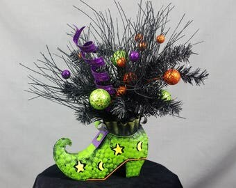 Witch Boot Centerpiece, Green Witch Boot, Halloween Decoration, Witch Decoration, Witch Boot Arrangement, Halloween Accents, Witch Decor
