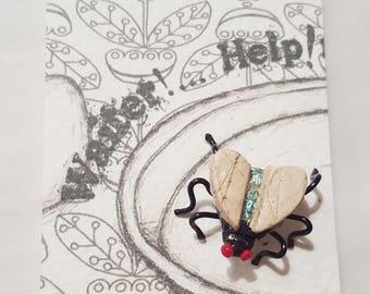Fly lapel pin