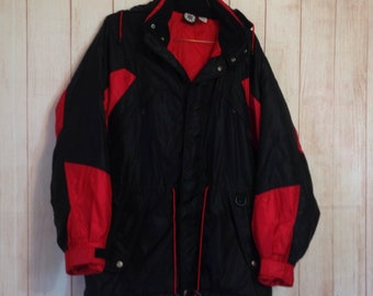 Vintage 90s Marlboro Red and Black Hooded Thick Coat Windbreaker Adult Small