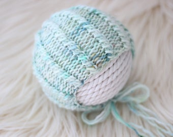 Knitting Pattern, Knit PDF Pattern,  Newborn Hat Pattern, PHOTO shoot prop,  Knit, Tutorial, PDF, Newborn hat, Kelly Bonnet