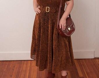 christmas in july sale Vintage Brown Handmade Dress - Floral Print Dress - Vtg Brown Flower Pattern Dress with Belt - Size Large X-Large - G