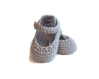 Mary Jane Crochet Baby Shoes Gray Merino Wool Baby Slippers Knitted Baby Shoes Gray Baby Booties Girl Baby Gift by Warm and Woolly on Etsy