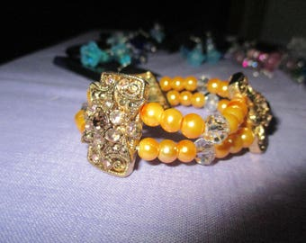 2 Strand bead bracelet shades of gold