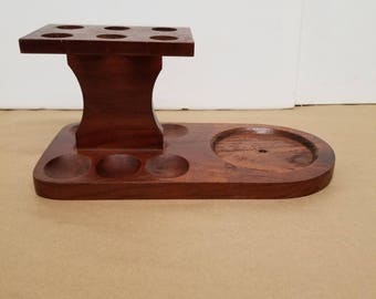 Vintage Wooden Pipe Holder that Holds 6 Pipes