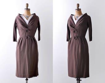 50 wiggle dress. 1950's brown dress. Silk & linen bows. sheath. small.