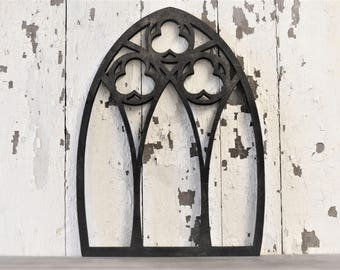 Vintage Inspired 3 Clover 13x18 Pointed Wooden Arch Window Frame