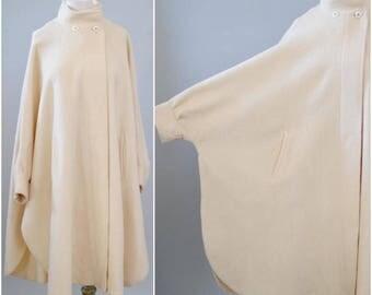 Vintage Wool Coat Poncho 80s Minimalist Cream Poncho Cape Coat One Size