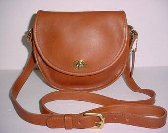 Sale  Vintage Coach Watson Brown Leather Turn lock Cross body Bag USA  9981