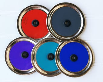 5 colored mason jar drinking lids - DIY
