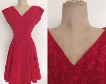 1950's Leaf and Berry Print Velvet Fit & Flare Vintage Party Dress Size Medium by Maeberry Vintage