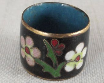 """As Is Shabby Vintage Cloisonne Flower and Butterfly Ring, .6"""" Wide Band, US Size 7, Enamel Jewelry, Summer Accessory"""