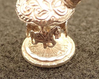 Vintage Articulated Calliope SS Charm