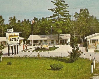 Golden Beach Motel on Lake Huron Unused Vintage Postcard – Michigan Travel Postcard – Great Hotel Motel Collectible