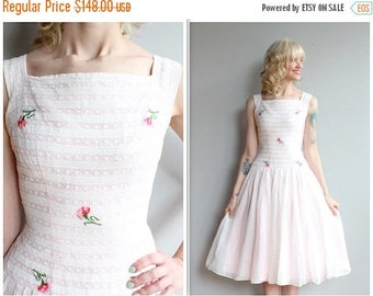 20% Off Sale // 1950s Dress // Ellen Kaye Floral Party Dress // vintage 50s dress