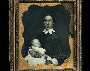 Victorian Era Post Mortem Dag Photo / Mother with Dead Child / New Jersey 1850s