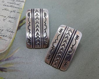 J. MANUELITO Signed Navajo Sterling Silver Stamped Design Stud Earrings Native American  OBC22