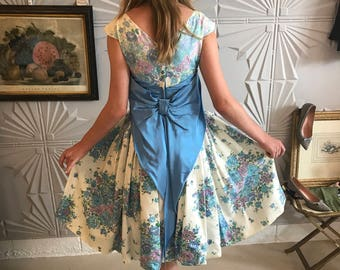 1950's Swoon Worthy Floral Organza Frock