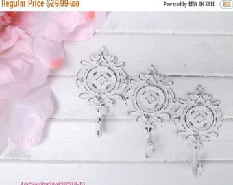 ON SALE Shabby White/ Metal Wall Hook / Shabby Chic Decor / Decorative Wall Hook / Cast Iron Decor/ Ornate Wall Hook