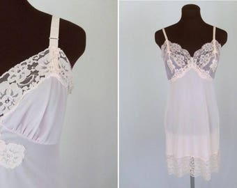 Vintage 60's Full Slip in Pastel Pink Nylon with Lace Trim 32 Short / XS Short