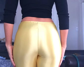 Vintage 70s Disco Pants | Fredricks Of Hollywood | Pale Gold Yellow Shiny Spandex Jeans | 1970s Stirrup Pants | Size Small to Medium