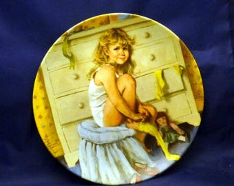 Vintage Knowles Reco International Getting Dressed by John McClelland Collector's Plate, 1985