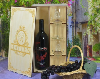 Personalized Wine Box with 2 Custom Wine Glasses