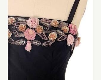 SAVE 20% Stunning Vintage 1950s Black Evening Dress Gorgeous Unique  Flower Embellishments 36-31-44