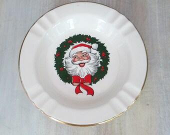 Santa Claus Ceramic Plate Mid Century Sabin Crest Ashtray 22K Gold Trim // Vintage Christmas